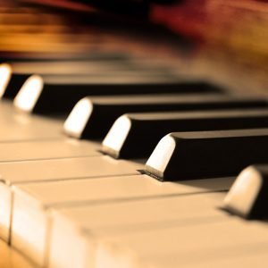 MUA ĐÀN PIANO CŨ